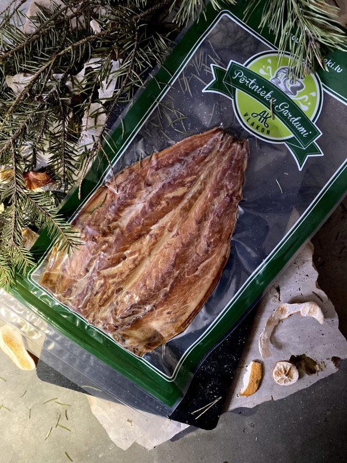 Hot smoked mackerel flap, classic